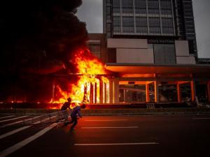 印尼新劳工法惹争议 工会与团体计划入禀法院要求废除